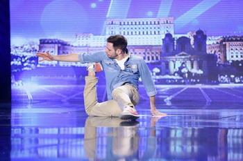 Vino sa inveti sa dansezi alaturi de  Bogdan Bolohan de la Romanii au talent pe 19 iulie la Galati!